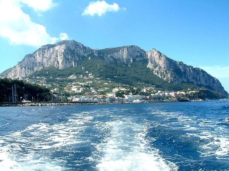 800px-Wyspa_Capri